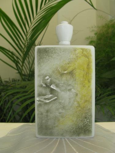 Q 16 Schnupftabakflasche mit Kameographien 2008